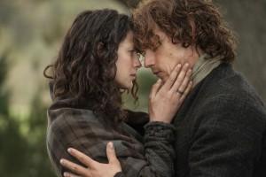 rs_560x374-150402135227-1024.Jamie-Claire-Outlander-Season2.jl.040215